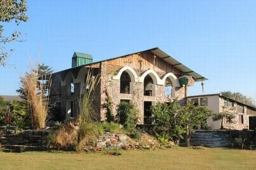 Lohagarh Fort Resort jaipur
